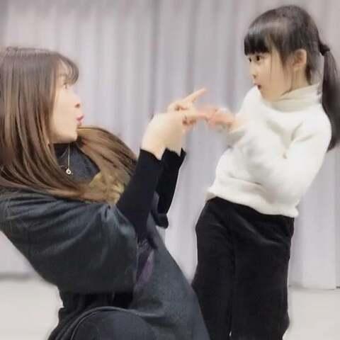 【菓妍菓美拍】#舞蹈##精选#如果感到快乐你就家...