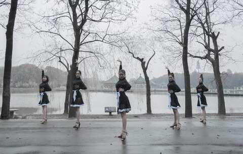 【单色舞蹈合集美拍】在南方雪花纷飞的冬日,起舞一支...