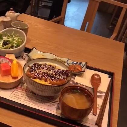 一个人想了半天还是放弃双人鳗鱼巨无霸双人餐#鳗鱼饭##双井##北京美食发现#