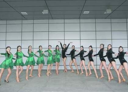 #拉丁舞#经典伦巴《#mercy#》与激情恰恰串烧,柔情与火热相遇,彭庆老师编舞的这场拉丁演绎你可还喜欢?咨询#舞蹈#微信:danse68