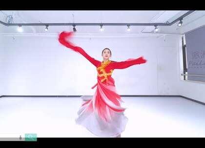 #我要上热门##派澜舞蹈#@派澜-熊熊熊丽珊 老师太美了吧 宛若仙子啊 惊鸿一舞 摄了多少人的魂😍 #惊鸿舞#是舞给心爱的男子看的 你若不在了 我便不必舞了~@美拍小助手@舞蹈频道官方账号