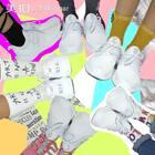 是不是厌倦了千篇一律的没有特点 没有意思的穿鞋方法,露脚踝过时了,今年最潮的是露袜子,用最便宜的方法穿出你的态度!#脚踝挑战##DLT-A# @SKECHERS斯凯奇 你们要不要试试?!