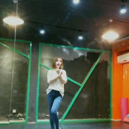 #舞蹈#MOMOLAND-Bboom Bboom🔥最火蹦迪舞镜面分解教学下部在这里啦,学完的宝宝可以录视频艾特我哦⊙∀⊙!择优转发😁#蹦迪舞bboombboom##精选#