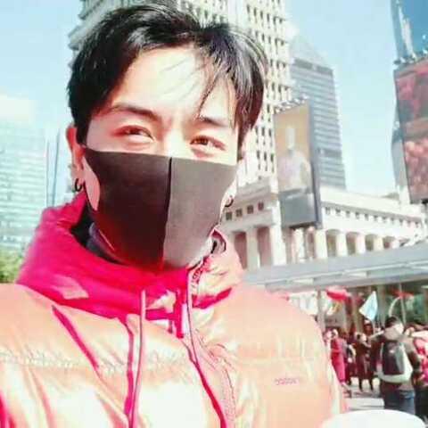 【演员-念扎美拍】十四年前第一次上来上海 老师带...