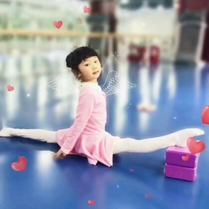 #芭蕾##精选##少儿芭蕾#秋秋五岁啦,一周两次课进步特别大😘。