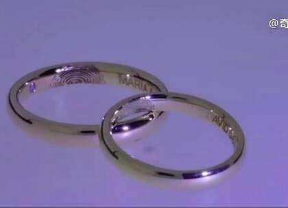 #涨姿势# 外国小哥手工自制一对带指纹的戒指,羡慕!