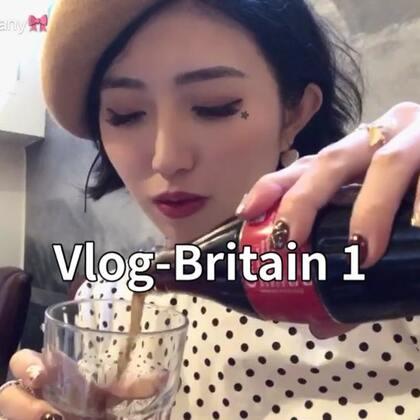 #日常##吃秀#大家情人节快乐呀!❤️过了两年重新回到英国,好多感慨,这里还是那么美,也还是那么爱下雨!!😂😂把这几天零零散散的片段总结了一个Vlog,结尾有超级好吃的炸鱼薯条推荐!反正你们来英国玩的话去吃就没错啦嘻嘻。今天大家都怎么过😉
