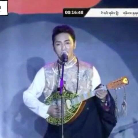藏族歌手谢旦 2018年新歌喜欢的 记得关注哦 ﹏ ﹏藏族男神的美拍