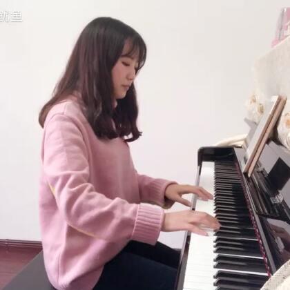 苏打绿-《小情歌》#音乐##钢琴#(祝大家新年快乐🎉🎊新的一年都要开心幸福哦🌹终于赶在过年前录下来,和妹妹合作的曲子)