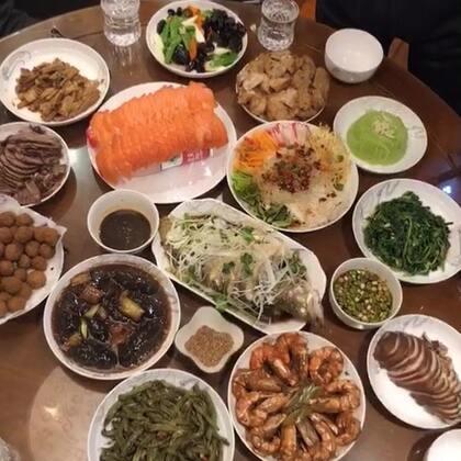你们的年夜饭开造了嘛#美食##吃秀##锅儿姐就不嚼#