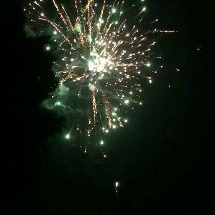 大家新年快乐!#新年快乐#