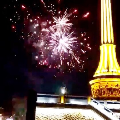 过年啦,祝大家新年快乐!#2018新年快乐##烟花#