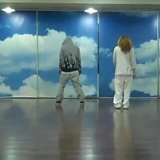 少女时代 Run Devil Run 原来这首火暴世界各地的舞蹈编舞师是他们!#少女时代##舞蹈教学##舞蹈#各大应用市场搜索【街舞酱】下载在线街舞教学app
