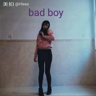 🎵bad boy–red velvet🎵同一天拍的哈哈哈哈懒惰就一次性拍拍拍 喜欢可以给我小❤❤嘛hh #欧尼舞蹈##韩流dance##舞蹈#@Kpop-girls✨ 😘