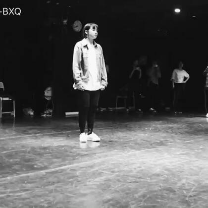 【毕小清-BXQ美拍】02-17 00:53