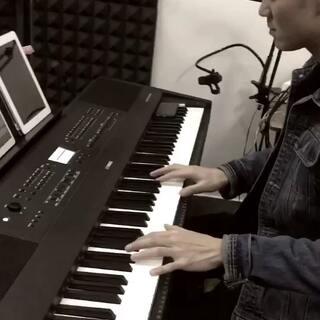 #U乐国际娱乐##钢琴片段##我要上热门#