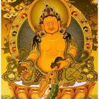 大年初五迎财神,佛教黄财神是诸财神之首,诚心诵持黄财神心咒,可获得其庇护,能财源广进,免除贫穷和一切经济窘困,增长福德,寿命,物质受用,黄财神心咒:嗡,占巴拉,杂勒扎耶,唆哈🙏