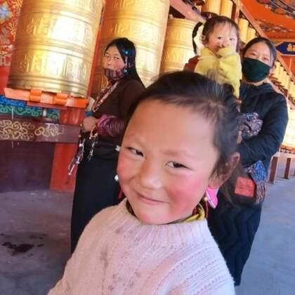 藏地女儿佛国探秘(下)????美摄帅哥出品????亚青寺这个藏于川藏交界深山处的女儿佛国,海拔4000多米,几乎没有任何商业气息,这里是与色达佛学院齐名的大型修学之地。#精选##音乐#南措:祈愿@美拍小助手