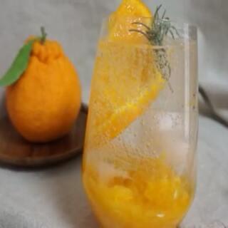 #love scenario##饮品##美食#最近ikon的歌很好听啊、无限循环中,橙子苏打新品可以有哦