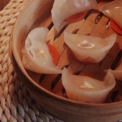 #年味海鲜大趴##水晶虾饺#传说中吃不饱的水晶虾饺~#美食#