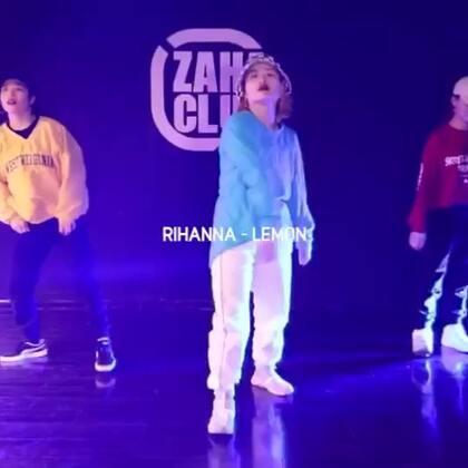 好酷!喜欢跳Hip hop的女生!@Emma-lu