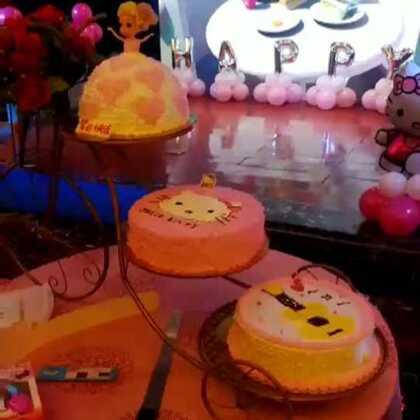 【三毛.蛋糕18035453978美拍】03-01 21:23