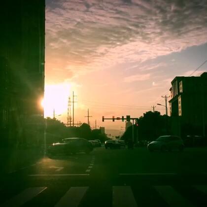 #晒出你生活的地方#转眼我已经来到这座城市半年了。