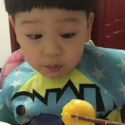 #宝宝##吃秀#干了这碗热汤面!泡泡小淘气!录视频各种闹