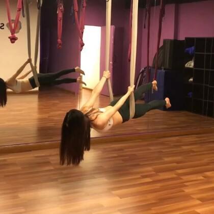 今年春节后第一节空中瑜伽 💪🏻#活出你的女子力#