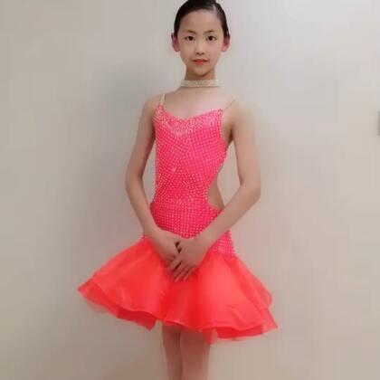 @💃应苏梦💃 #穿秀#拉丁舞服#歌曲《最美的期待》,超喜欢@薇妮舞服💃💃豌豆 美衣@苏梦Aana