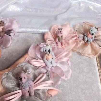 纱裙小熊发绳材料包教程(后面又给小熊加了一个皇冠饰品,是不是更好看呢),喜欢的给赞👍🏻?!!
