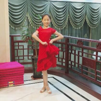 @💃应苏梦💃 昨晚练习视频打卡#舞蹈#拉丁舞#恰恰#美衣来自@薇妮舞服💃💃豌豆