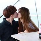 情侣秀恩爱👍👍好虐👍#精美电影##情人节快乐#
