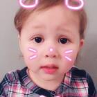 这萌样让人无法拒绝,明天就去买个小爱!#宝宝##精选##萌宝宝##安娜2岁5个月#