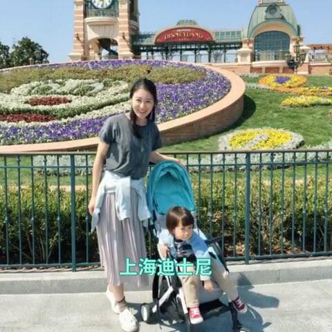 【Ugiwang美拍】我和他#宝宝##上海迪士尼乐园#