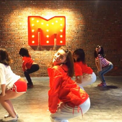 【Miss·Mister】课堂片段 Boom Clap 导师:思思#我要上热门##May J Lee##1million# @思溢不失忆🙆🏻 @美拍小助手