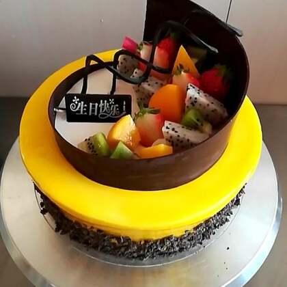 #美食##蛋糕##甜品#路过的宝宝留下你们的小爱心❤️噢,感谢支持