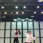 #失恋阵线联盟#原创舞~和牛牛🐮,越来越帅了~@fresh小黄🐂