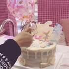 #如果蛋糕不是用来玩,那生日将毫无意义!##有才的网友#