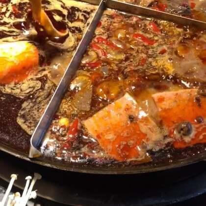 幺舅老火锅真的太好吃了!!这个位置不太好形容 比较偏 导航来吧~#吃秀##吃货##美食#