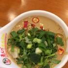 二月二火锅店还赠了猪头肉~吃上油碟发现真心好吃啊😄 小伙伴们节日快乐~@美拍小助手 #吃秀#