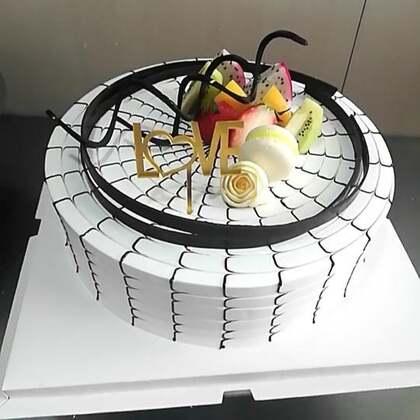 #美食##蛋糕##甜品#进来十个有一个点亮小爱心❤️我就满足了😄