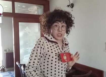 """妈妈为了孩子工作竟然这么疯狂?看完后网友大呼:""""这就是我妈!""""#我要上热门##搞笑##方言#"""