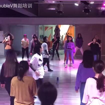"""#舞蹈#小红老师的""""骚鸡团""""炸炸炸"""