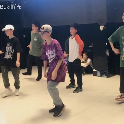 #梧州spt舞蹈工作室##这就是街舞#HIPHOP课堂爆发练习,哈哈哈哈哈哈😂