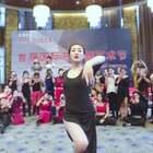 #舞蹈##Despacito##郭甜甜编舞#美拍终于升级完了 宝宝们想我了吗 等待见面的过程 就是最美的等待,前几天在南京参加江苏首届国际东方舞艺术节,给你们来个现场版的吧。#东方舞#