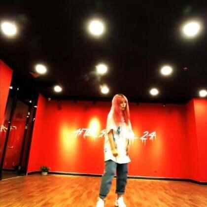 #舞蹈##朴宰范mommae#音乐:朴宰范-MOMMAE 魔法特效简直太好玩