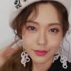 #我要上热门##美妆时尚#春季流行的粉紫色妆容,瞬间化身甜美公主~😘😘#粉紫色妆容#