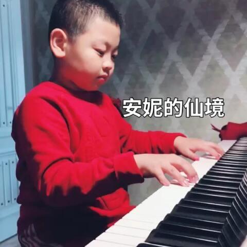 【豆豆D&D👣美拍】午休时间。#音乐##精选##钢琴#