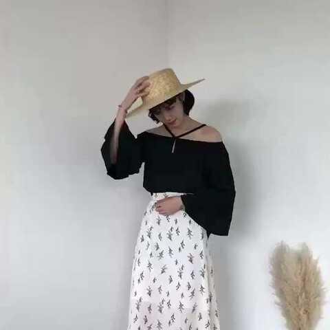 【KlSs&潴潴美拍】#穿秀##穿衣搭配##实拍卖衣服#@...